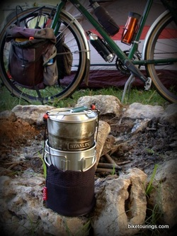 Picture of compact, lightweight cooking set for bike touring